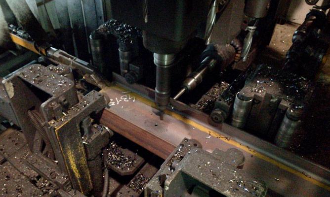Foratura travi in acciaio